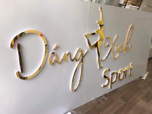 Biển hiệu cửa hàng quần áo thể thao Dáng Xinh-Quận 10