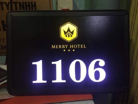 làm bảng hiệu khách sạn